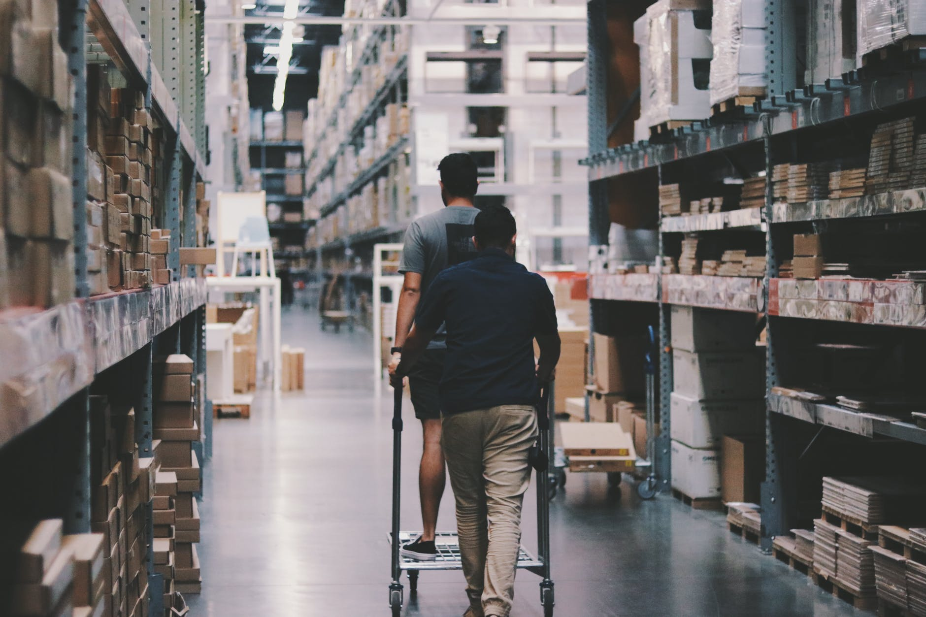 Organized Warehouse Storage Brings With It Many Advantages