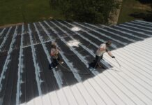 How to Find the Right Commercial Roofing Contractor
